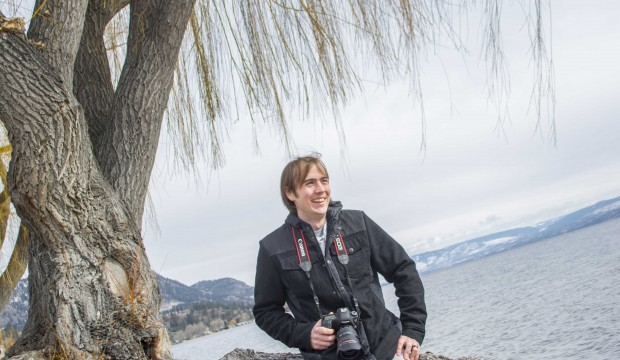 Dynamic photographer chooses Peachland for ripening