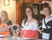 Go deep into the grapevines with Winelicious Tours